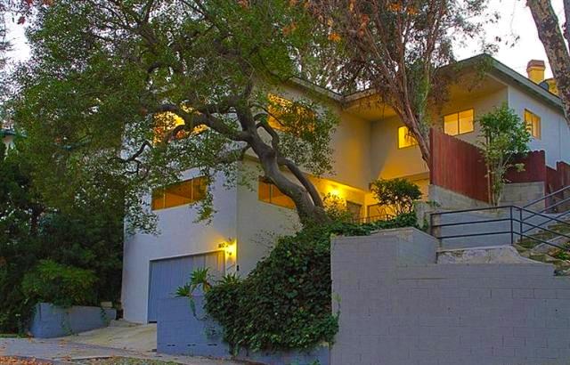 Mid-Century: 1812 La Loma Rd., Pasadena, 91105