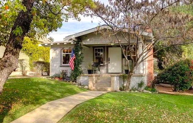 1921 California Bungalow: 5278 College View Ave., Los Angeles, 90041