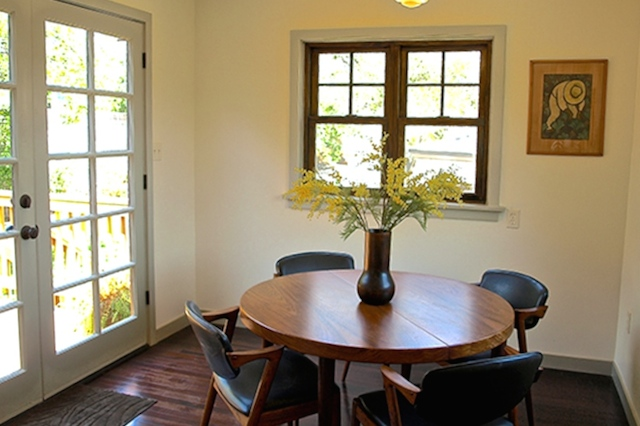 Breakfast nook with direct access to deck